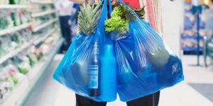 В России могут запретить пластиковые пакеты в супермаркетах